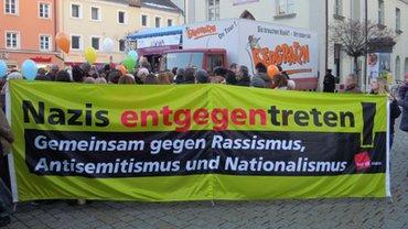 Banner gegen Rechts
